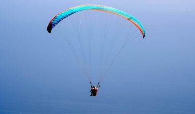 Paragliding.jpg